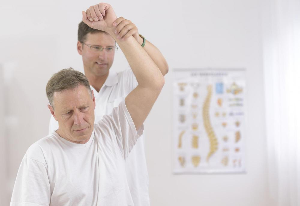 man getting a chiropractic adjustment
